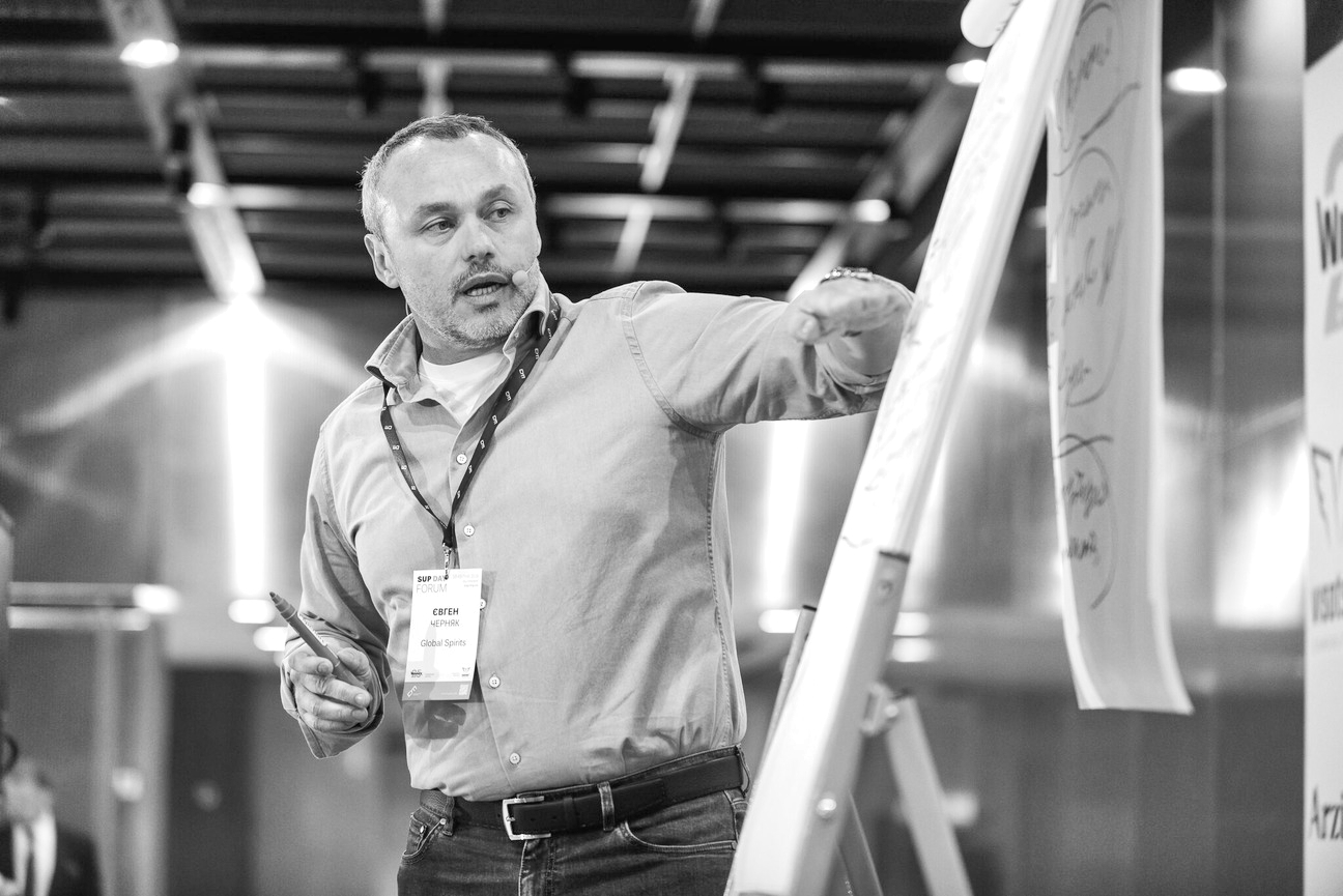 НУЖНЫЙ ГРАДУС: Евгений Черняк из Global Spirits о том, почему в его компании нет HR