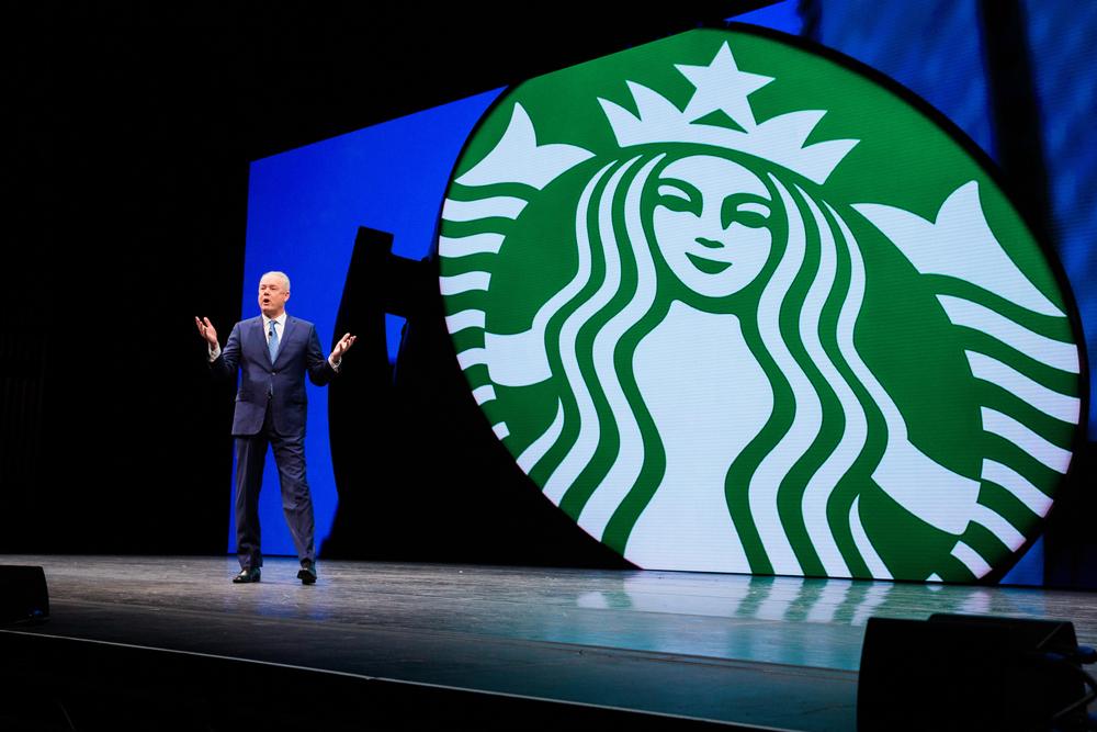 КОФЕШОП: около 500 сотрудников Starbucks перейдут работать в Nestle