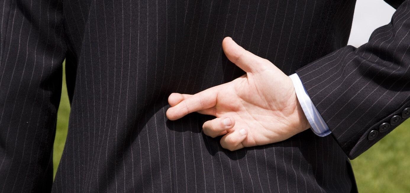 ТЕОРИЯ ЛЖИ: гендиректора обманывают около 200 раз в день. Как распознать фейк?