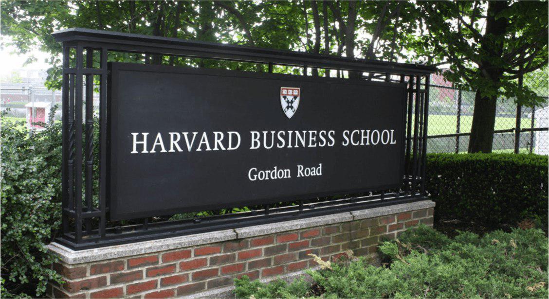 Трамп, Буш и Баффетт — к директору: топ-5 лучших бизнес-школ мира — 2018
