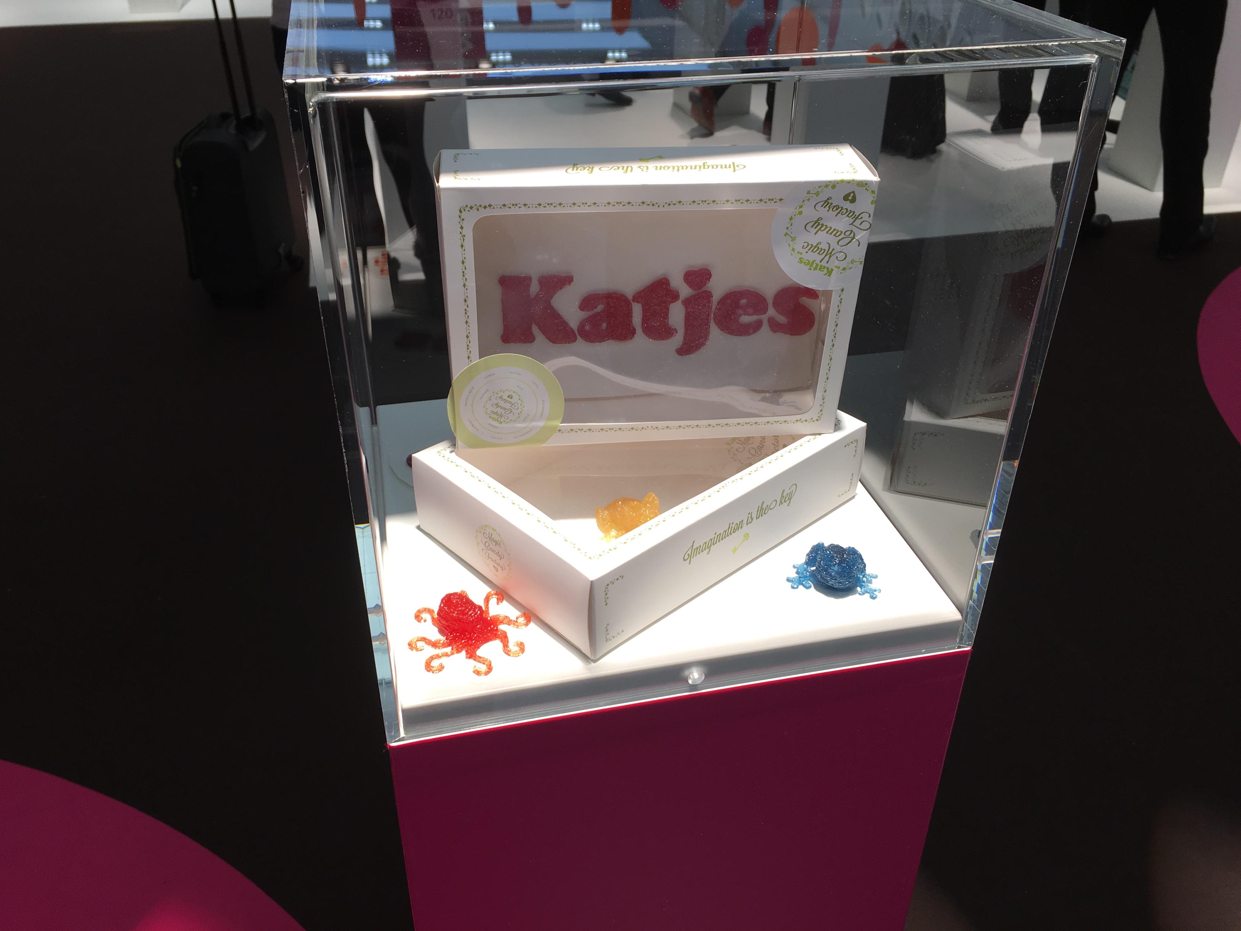 ТОТ ТОРТ: Мелиса Сновер печатает конфеты на 3D принтере. Настоящие