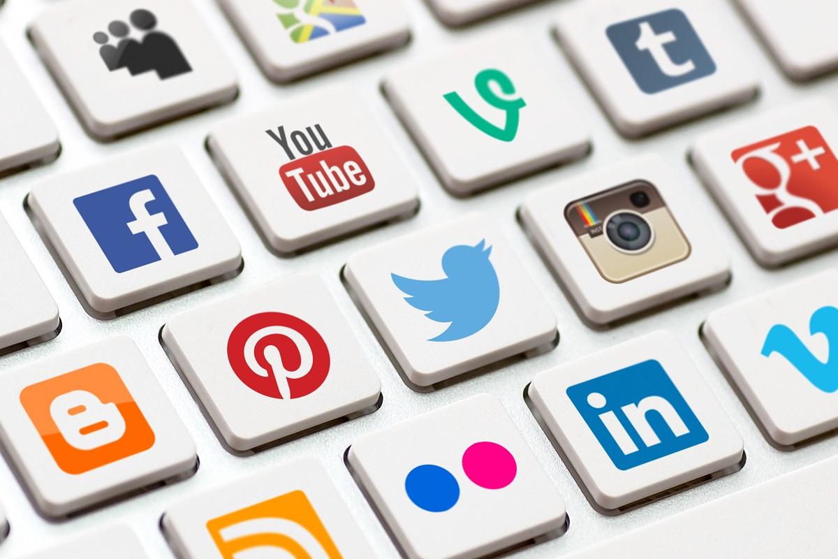 Что самое худшее в социальных медиа? Маск, Безос и Систром дают триразных ответа
