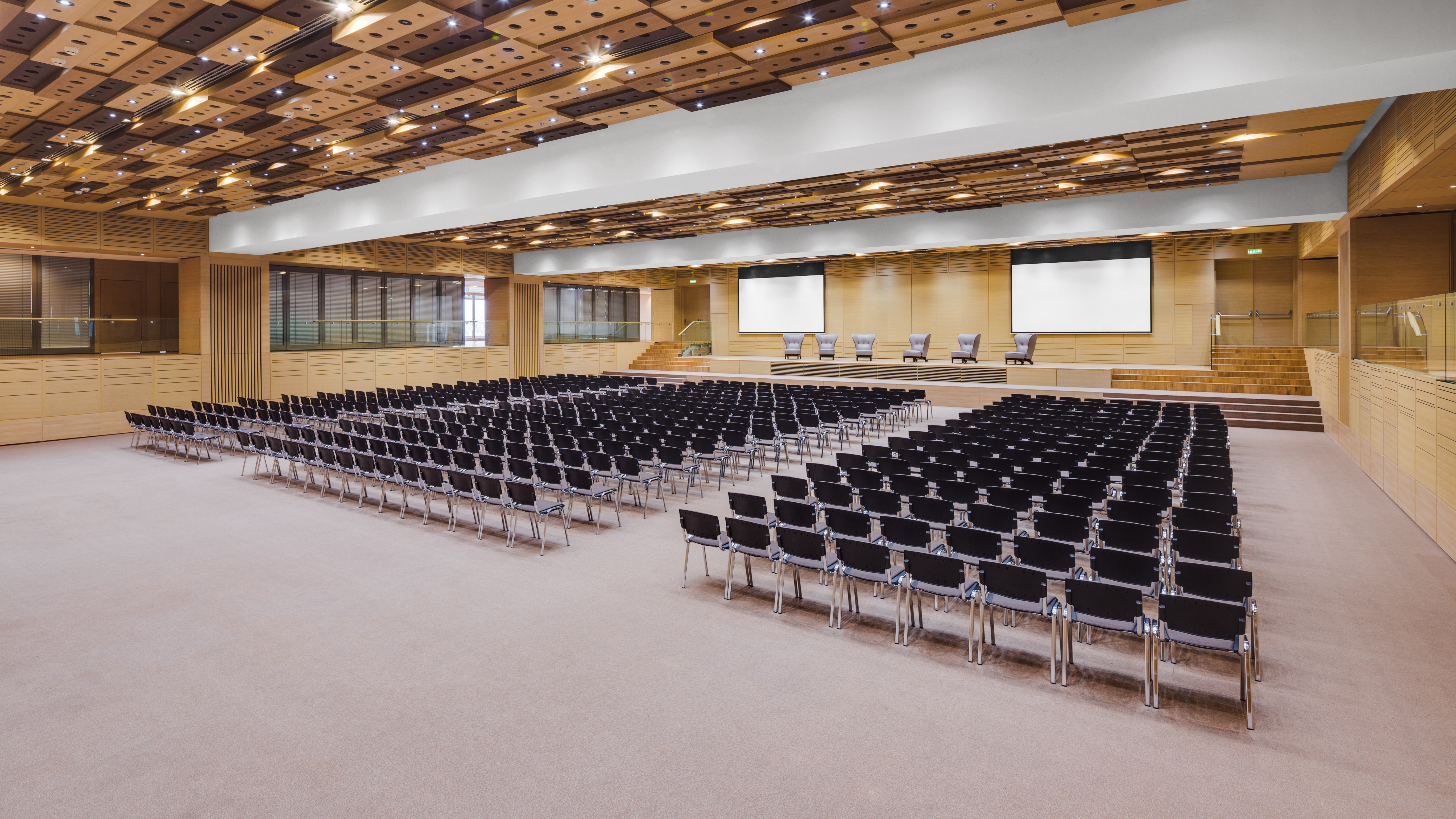В ЦЕНТРЕ СОБЫТИЙ: конгрессно-выставочный центр «Парковый» — лучшее место для мероприятий на наивысшем уровне