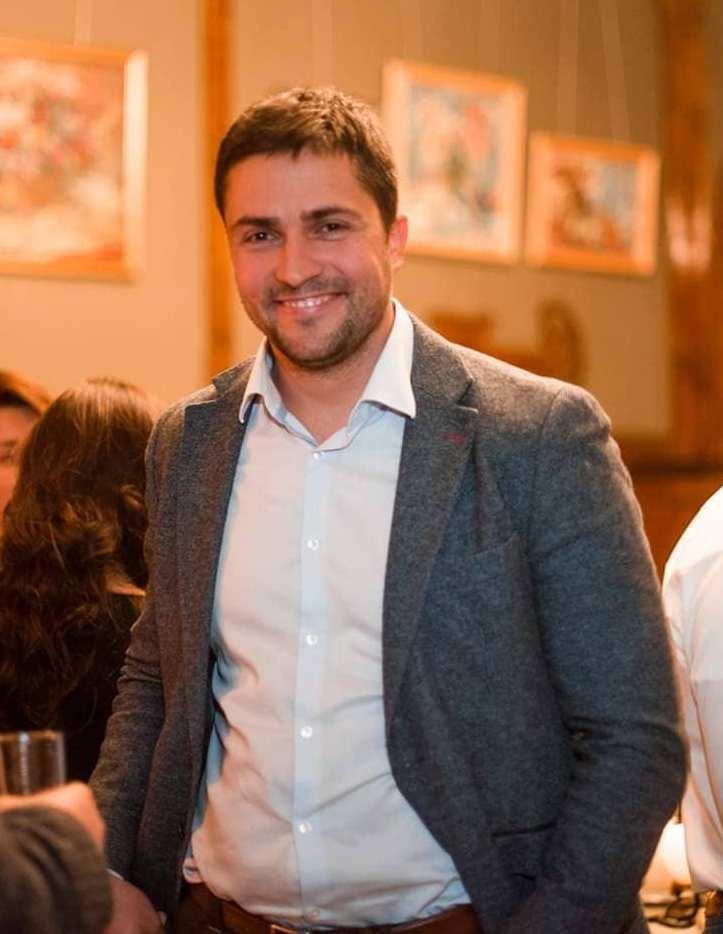 ХОРОШИЙ РАСКЛАД: Алексей Комличенко о схожести стратегий в покере и бизнесе