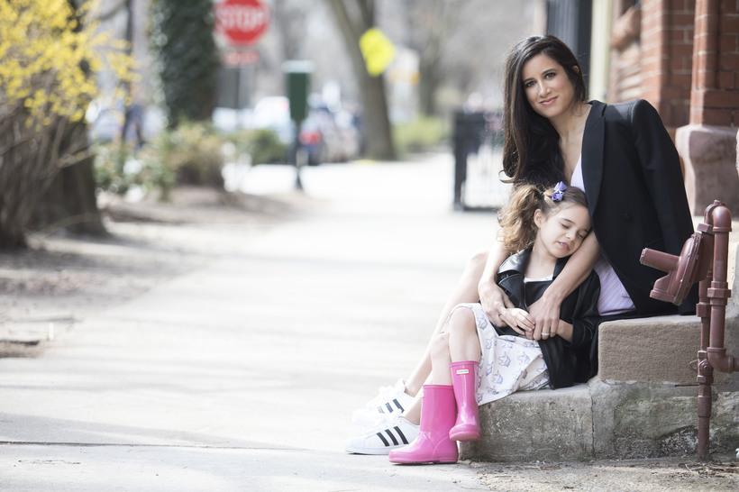ВЕНЧУРНЫЕ ПЕЛЕНКИ: как стартап детской одежды Monica+Andy заработал  млн