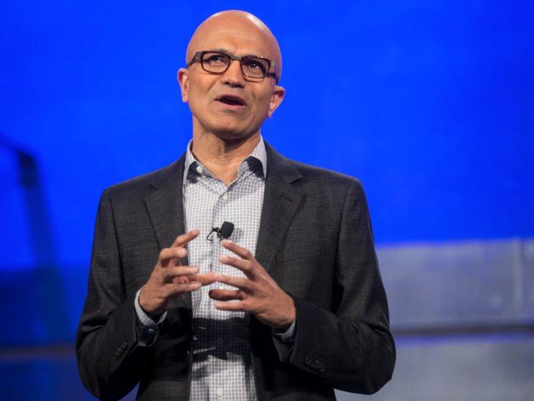 ПЕРЕСТАВИТЬ WINDOWS: как глава Microsoft научил сотрудников выражать свои чувства