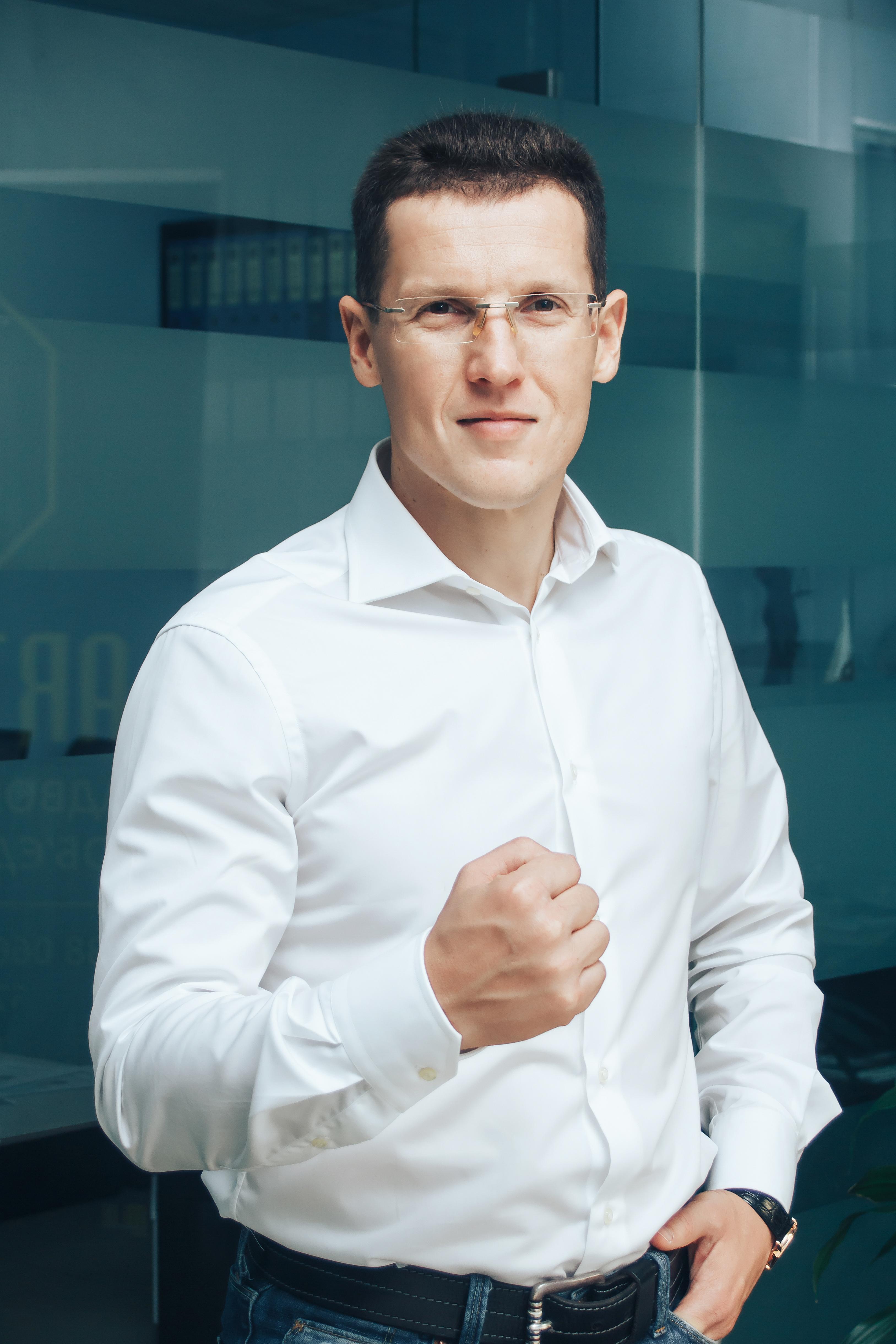 ЗВЕЗДА ШЕРИФА: Дмитрий Стрижов, директор охранного холдинга «Шериф», о том, как выйти за рамки стереотипов и построить крупнейший охранный холдинг в стране