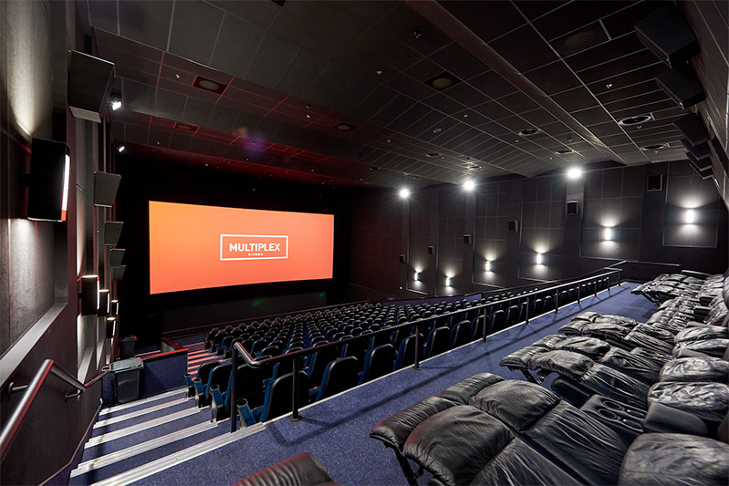 SPLASH OF MULTIPLEX: how they run business in a company-pioneer of the cinema theater market in Ukraine. In a family-style