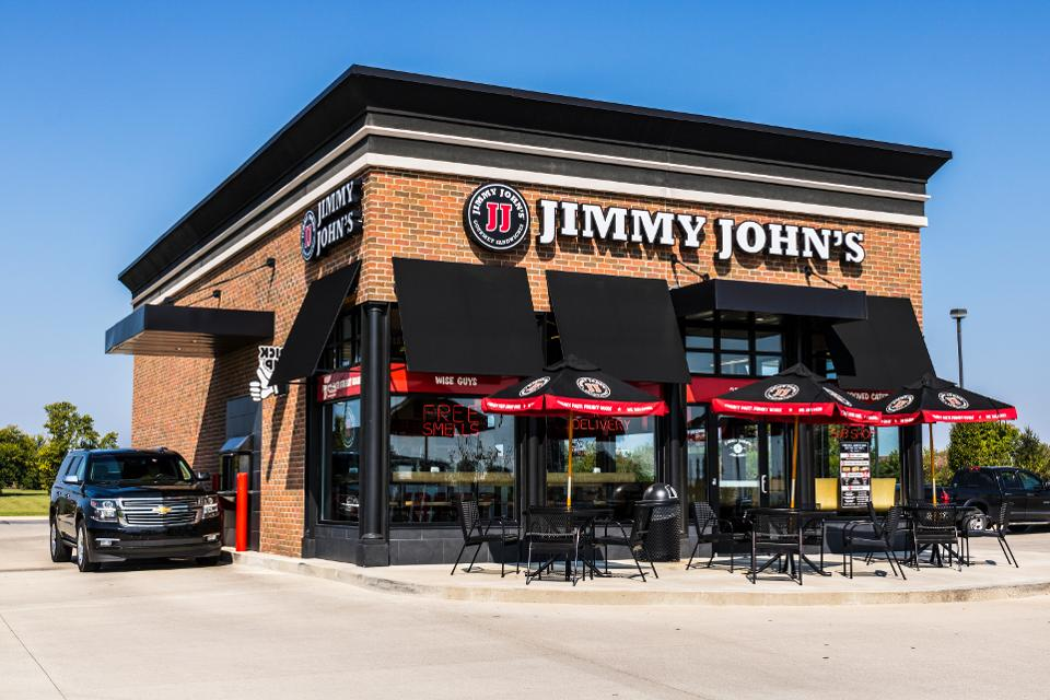 КОГДА МИЛЛИАРДЕРУ НУЖЕН БОСС: история империи сэндвичей Jimmy John's