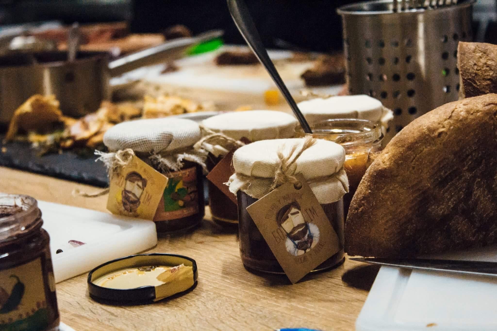 «БОЇМ»: история одного львовского стартапа, или Как все закрутилось в маленькие баночки