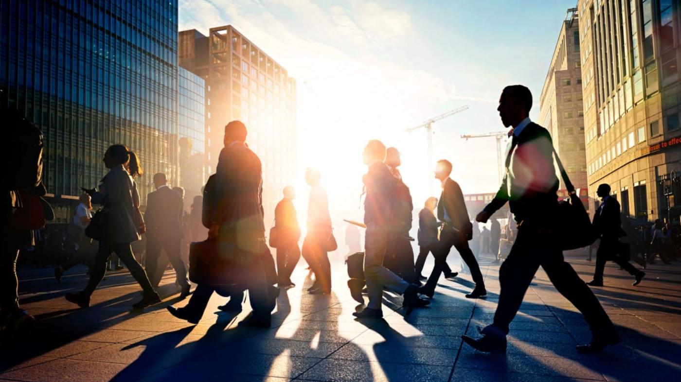 ДЕЛА ВРЕМЕНИ: 7 навыков, которые понадобятся в 2025 году