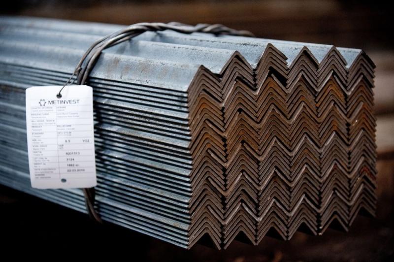 СТАЛЬНЫЕ НЕРВЫ: Дмитрий Липпа, гендиректор «Метинвест-СМЦ», рассказывает о том, как не погибнуть за металл. На рынке