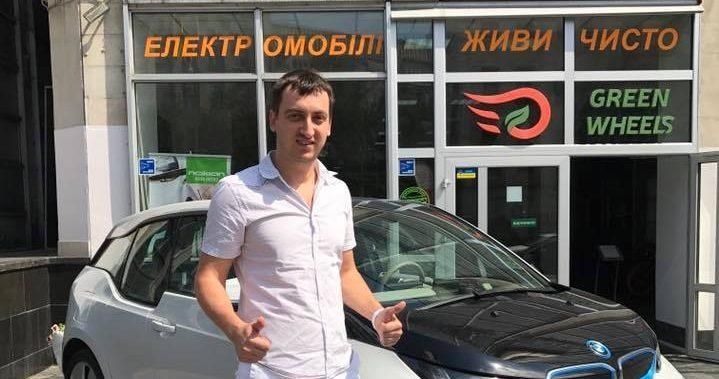 ДЕЛОВОЙ ЗАРЯД: Олег Маслов из Green Wheels об эре электромобилей и о том, почему не стоит писать письма Илону Маску