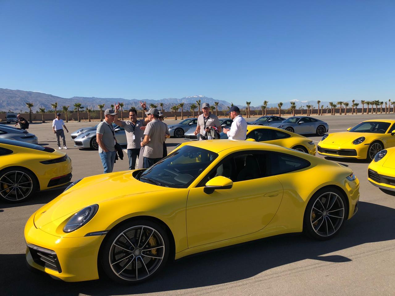 JOIN THE CLUB: Репортаж спрезентации Porsche911 нового поколения вСША