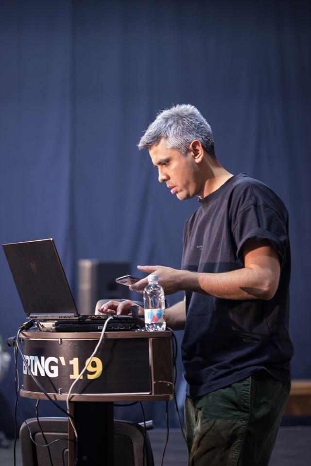 Концепт-дизайнер Джама Джурабаев: о Стивене Спилберге, разнице между художником и дизайнером, и ценности времени