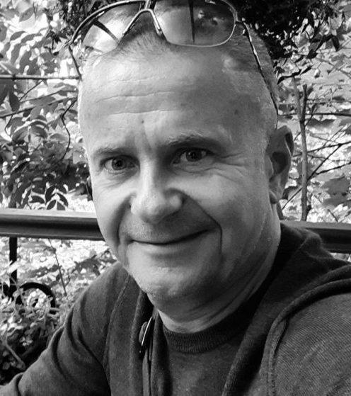 «Большинство менеджерского состава в современных компаниях составляют инфанты и статисты», — Владислав Белошапка, доктор экономических наук, профессор Международного института бизнеса, автор книги «Гигиена успеха»