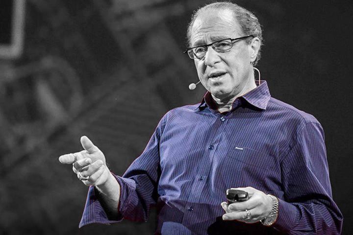 Технический директор Google Рэй Курцвейл: «К 2045 году мы превратимся в один гигантский компьютер»