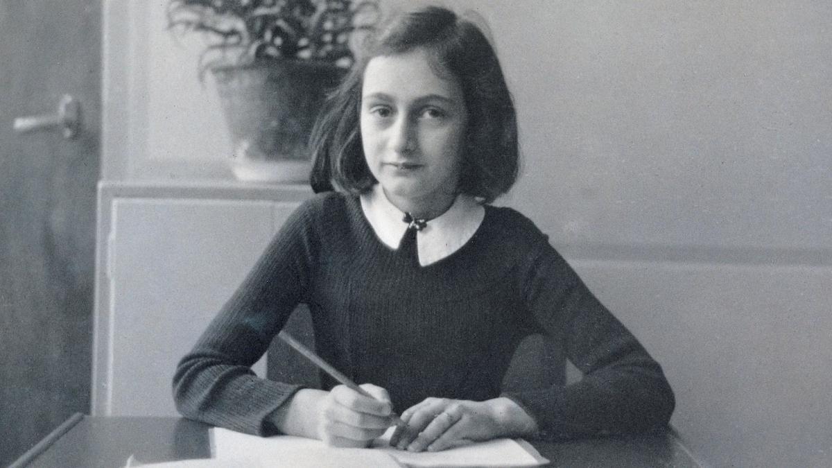 Ко дню памяти жертв Холокоста: отрывки из дневника еврейской девочки Анны Франк
