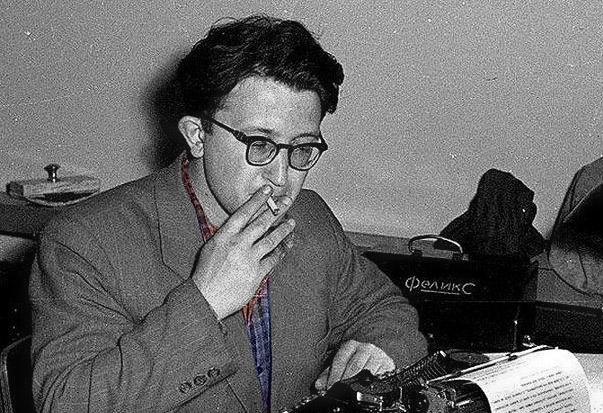 Собираем Библиотеку: список Бориса Стругацкого - лучшие произведения 121 автора, которые читаются на одном дыхании