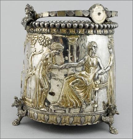 FABRICANTE FABRICARUM: Венгрия выкупает на аукционе в Лондоне за 43 млн евро «семейное серебро страны»