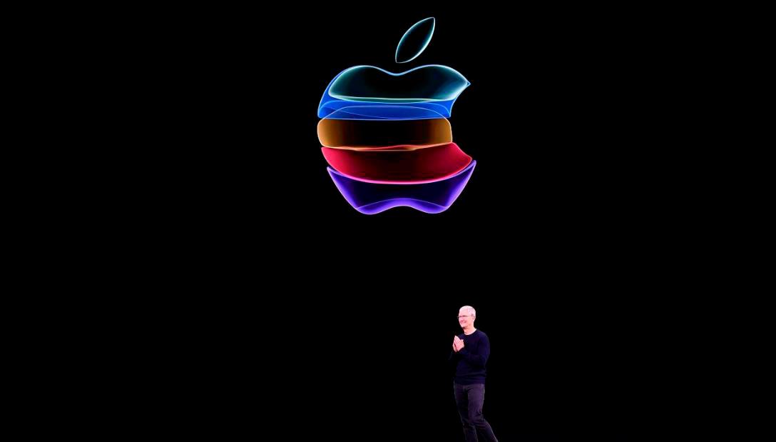Стив Джобс любил повторять: «Чушь собачья!», - и это стимулировало работников все делать предельно просто. 10 фактов о корпорации Apple