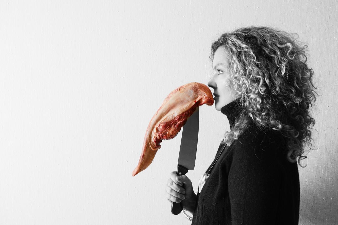 АНКЕТА МАРСЕЛЯ ПРУСТА: художник, философ и урбанист Оксана Мась об альфа-медитации, Салмане Рушди и полете на Марс