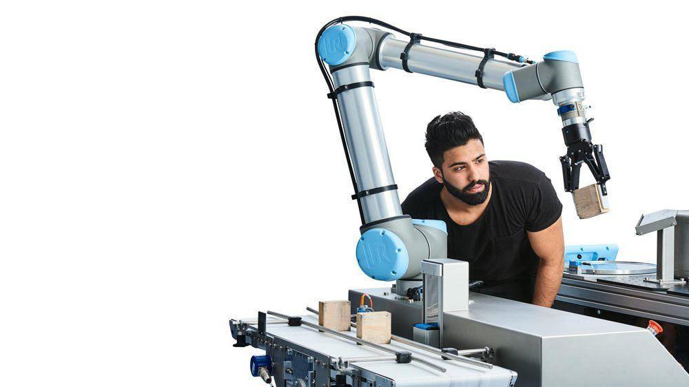 МАШИНЫ ЗАХВАТЫВАЮТ МИР: роботы vs коботы
