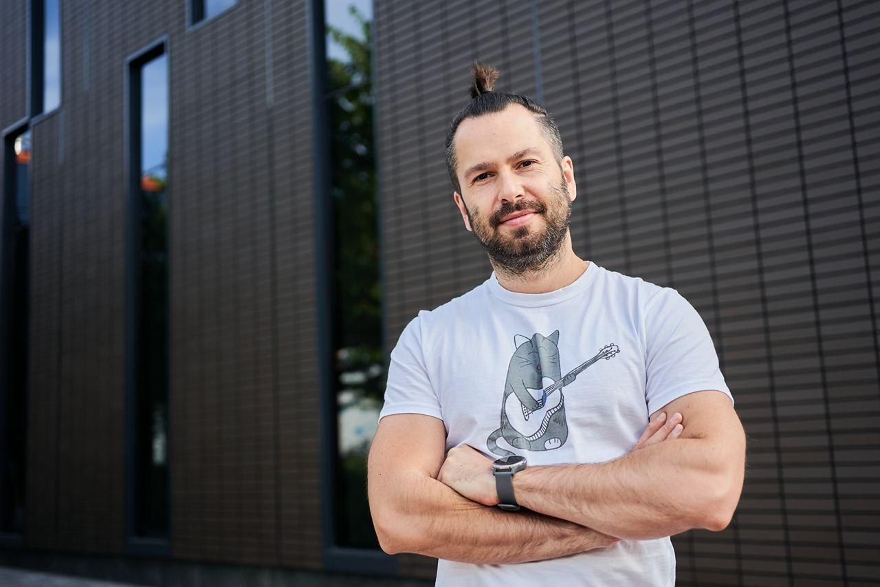 «Стартапу нужно продержаться хотя бы 3-4 года и тогда вероятность успеха будет почти 99%», — Андрей Комаровский, CEO акселерационного хаба Sector X