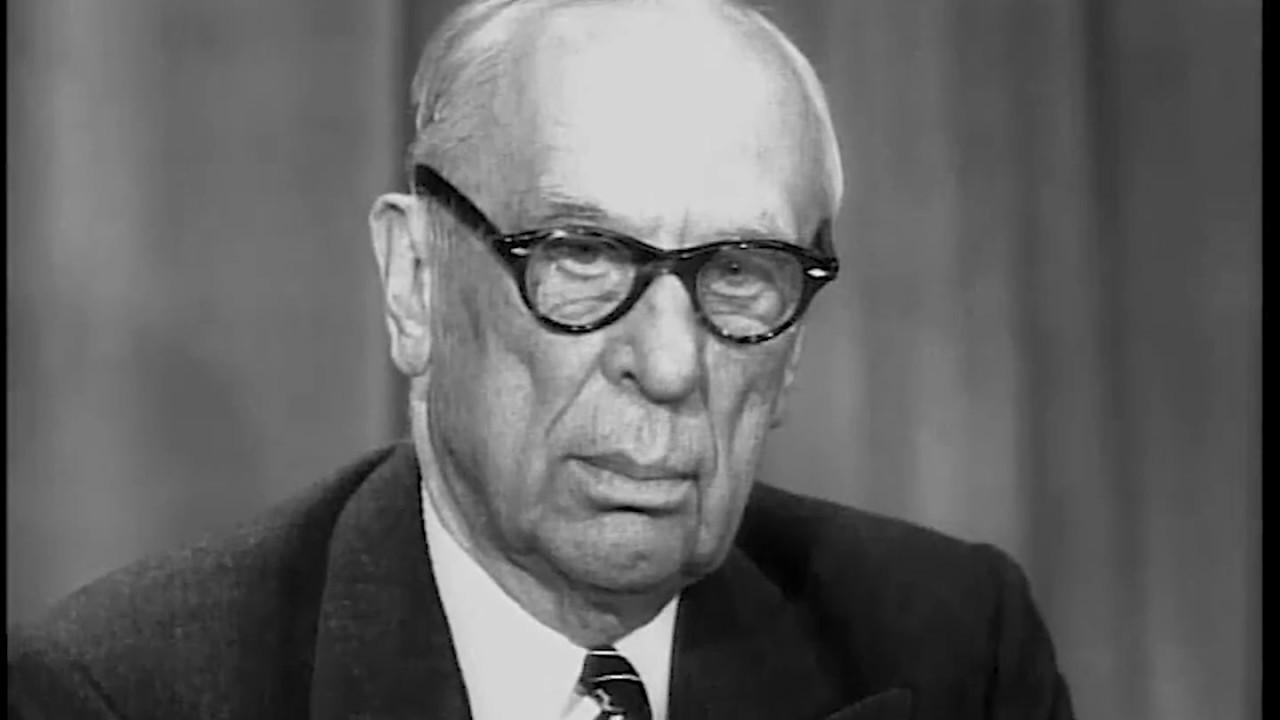АВТО-КУТЮРЬЕ: Правила лидерства Альфреда Слоуна, который ввёл в автомобильную индустрию законы парижских модельеров