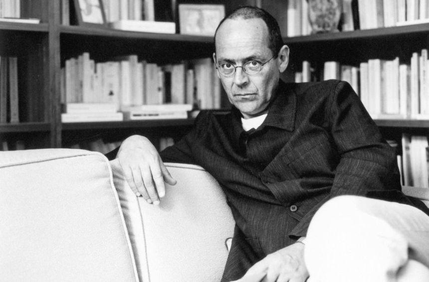 «Человечество все время регрессирует в сторону глупости», - выдающийся французский философ Бернар Стиглер