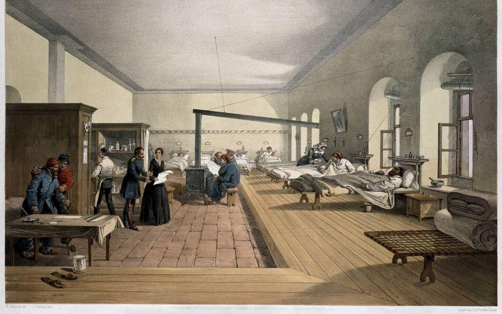 НЕТРИВИАЛЬНОЕ РЕШЕНИЕ: Как уговорить военное ведомство обучать медсестер медицине?