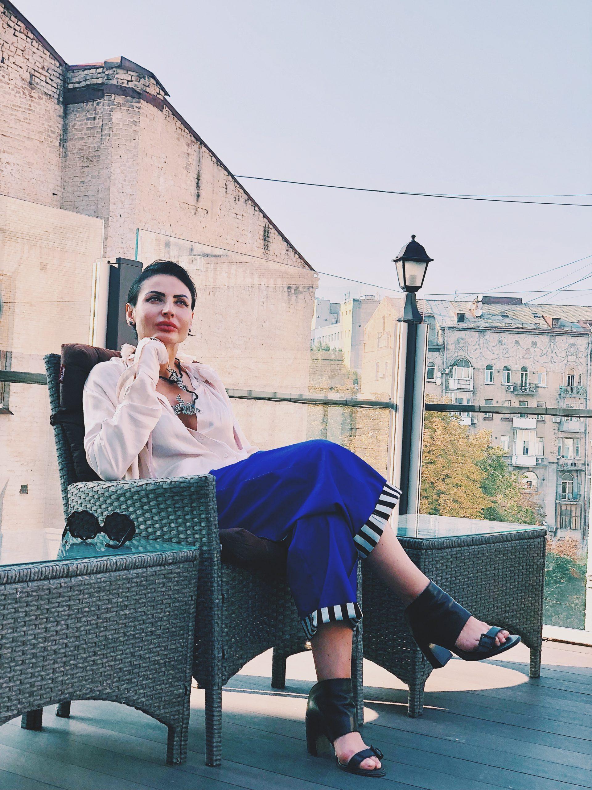 «Я стремлюсь, чтобы моя компания была как лес — самоорганизующаяся структура, состоящая из зрелых людей» — Марина Дяченко, вдохновляющий лидер и СЕО компании MANEZH