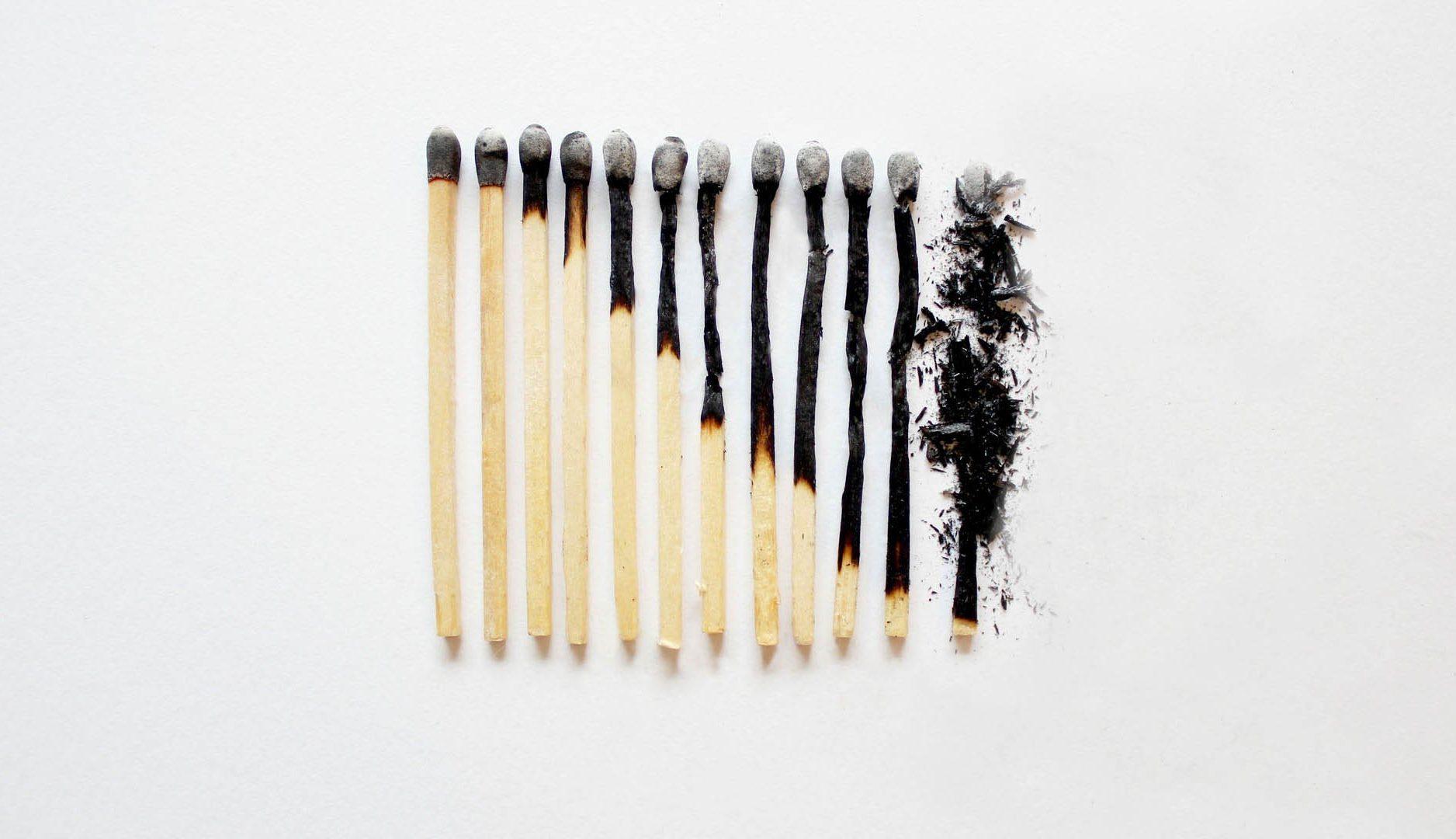 BURNING OR OUT — тление и синдром профессионального выгорания