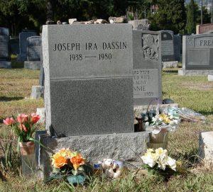 КОРНИ И КРЫЛЬЯ с Борисом Бурдой: великий певец и музыкант Джо Дассен, чьи предки родом из Бучача и Одессы