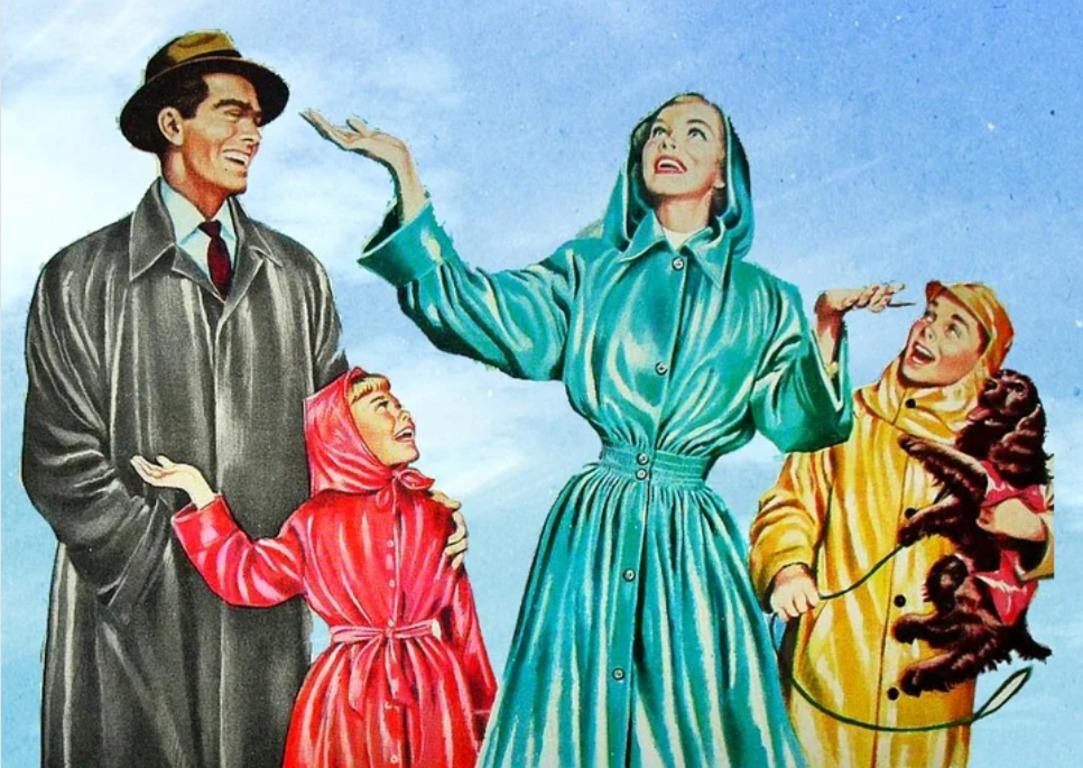 НЕТРИВИАЛЬНОЕ РЕШЕНИЕ: Как правильно хранить непромокаемые плащи?